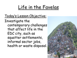 5.2aiiLife-in-the-Favela.pptx