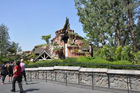 Around-Disneyland-(68).jpg