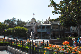 Around-Disneyland-(73).jpg
