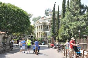 Around-Disneyland-(70).jpg