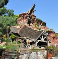 Around-Disneyland-(50)-12-x-12.jpg