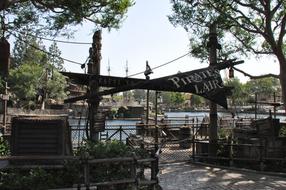 Around-Disneyland-(72).jpg