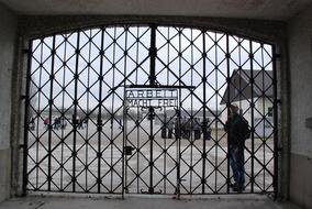 Dachau-5.jpg
