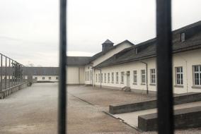 Dachau-2.jpg