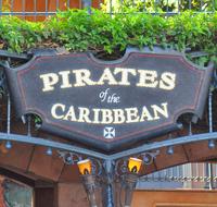 Background-Frontierland-Pirates-Sign.jpg